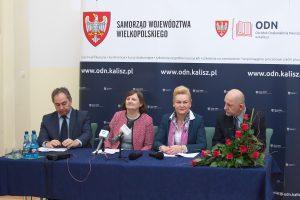 """Konferencja prasowa na temat realizacji projektu """"Akademia rozwoju w szkołach podstawowych i liceach Miasta Kalisza"""""""