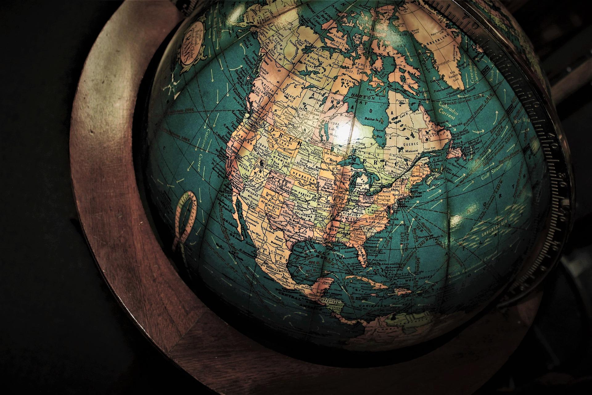 XIII  JUBILEUSZOWA  KONFERENCJA GEOGRAFICZNA • Szanse i wyzwania współczesnej edukacji geograficznej